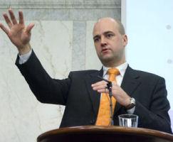 Reinfeldt vill sanka sjukpengen